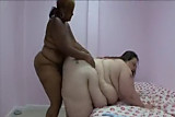 SSBBW WHITE GIRL WITH BBW EBONY GIRL DILDO FUCK